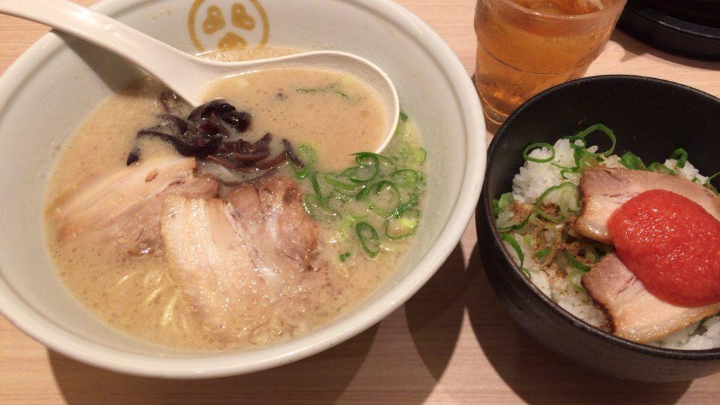 豚骨プレーン+うまか飯セット